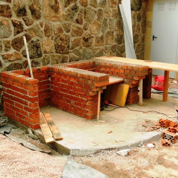 Construcciones y reformas - Barbacoa con horno ...